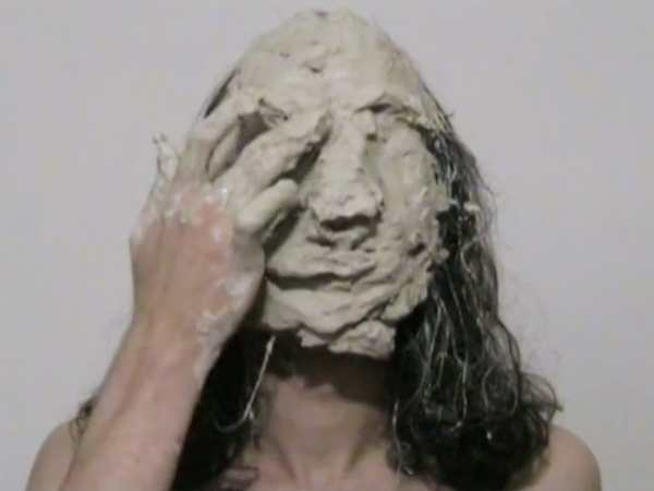 Die Maske, Video, 4:3, Farbe, 12:45 Min., Dominik Geis
